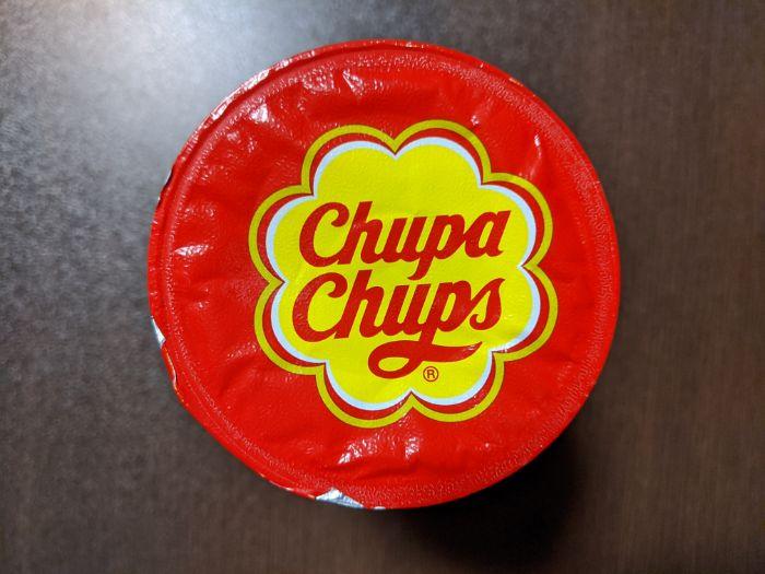 チュッパチャップスストロベリークリーム味の飲み物のパッケージ上部の画像